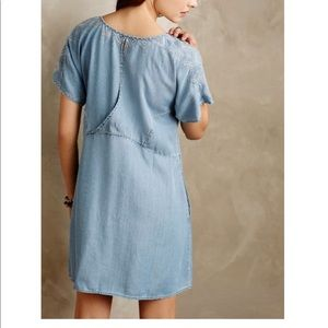 d3286d4c1df4 Anthropologie Dresses - Holding Horses White Sands Chambray Tunic Dress